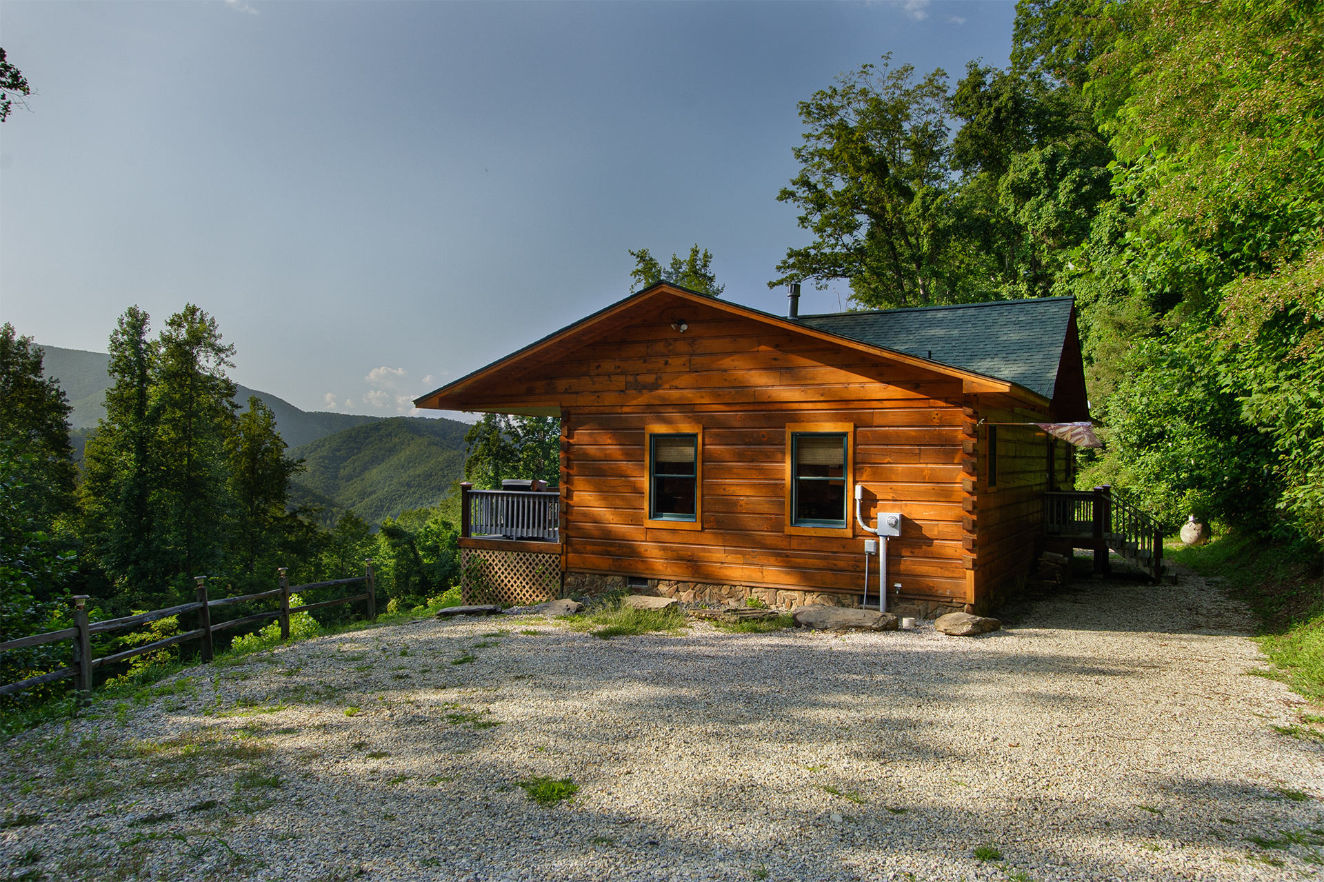 A bit of heaven nc cabin rental in the nantahala areas of for Smoky mountain nc cabin rentals