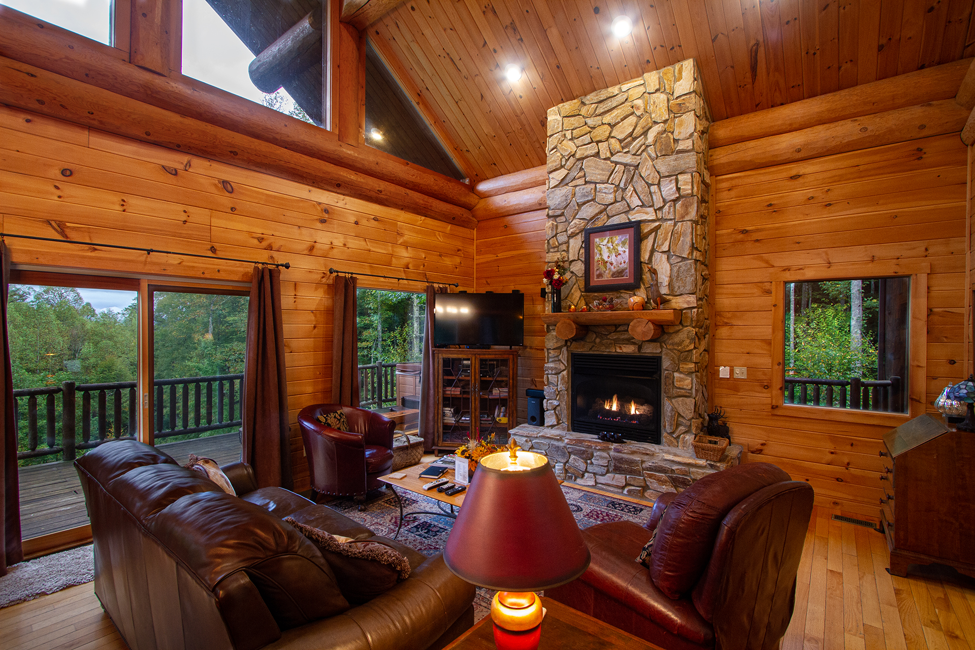 Acorn Bend Couples Escape Cabin Rental Info By Carolina Mountain