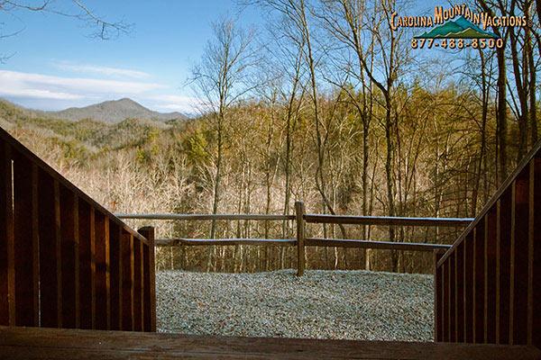 Almost heaven 1 bedroom romantic getaway nc mountain log cabin for Winter cabin rentals north carolina