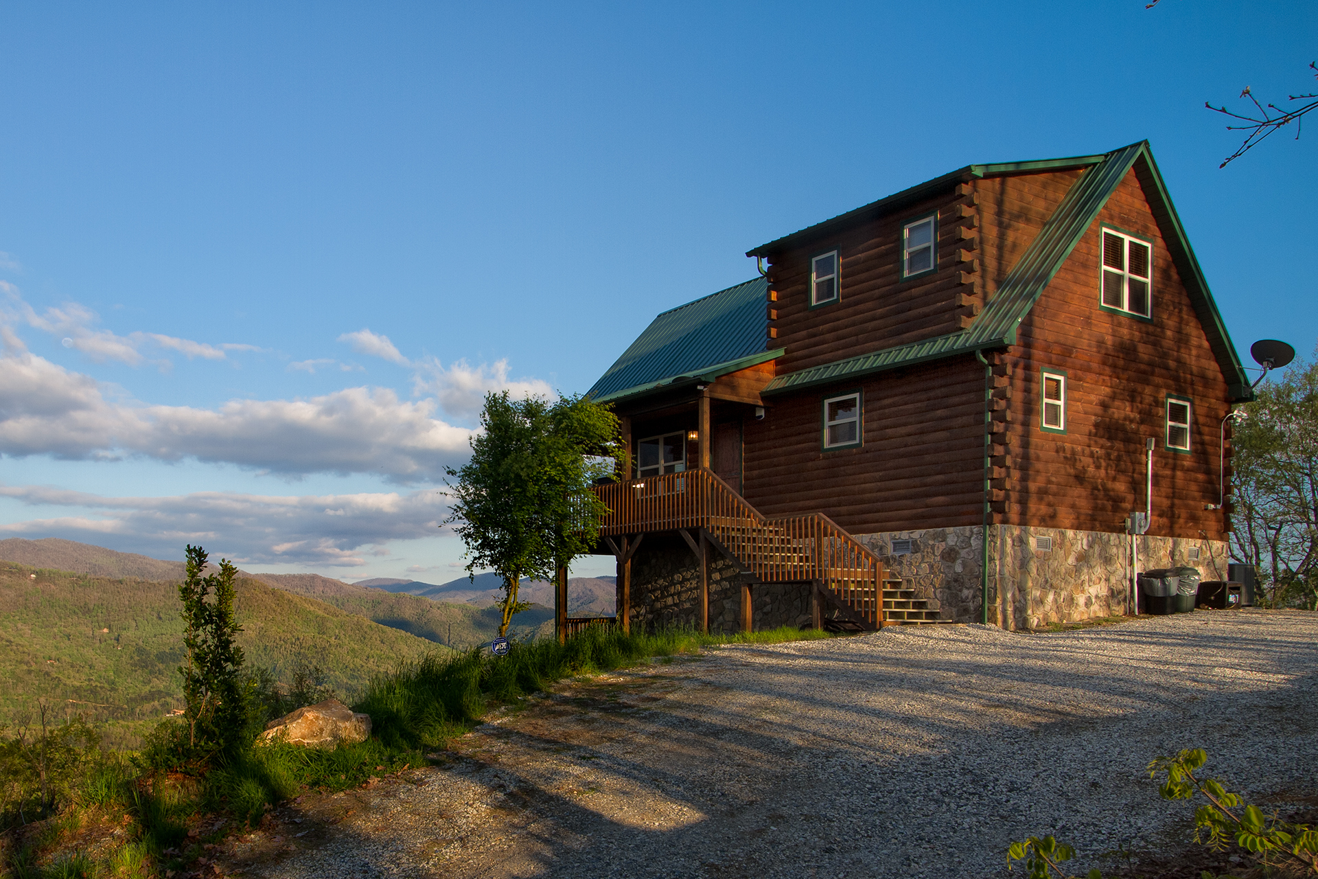 Heavenly View Smoky Mountain Log Cabin 2 Bedroom Info By Carolina