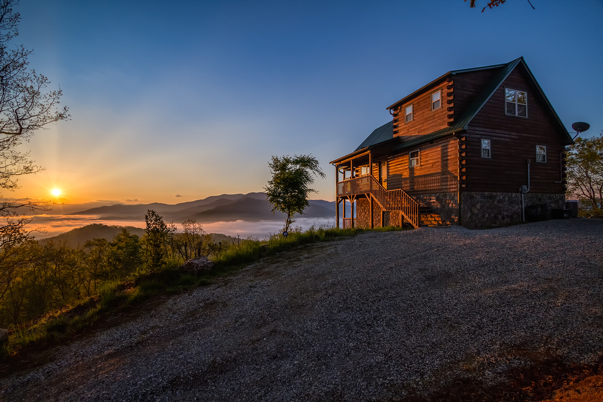 Nc cabin rentals in bryson city cherokee and nantahala for Cabin in north carolina mountains
