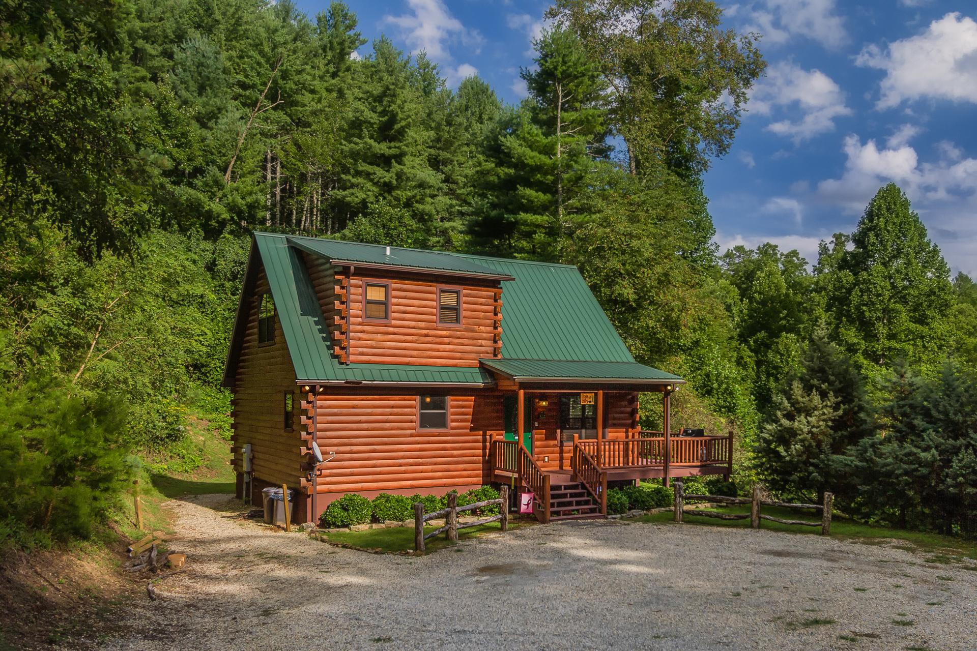 Pride of glory log cabin vacation rental 2 bedroom - 4 bedroom cabins in north carolina ...
