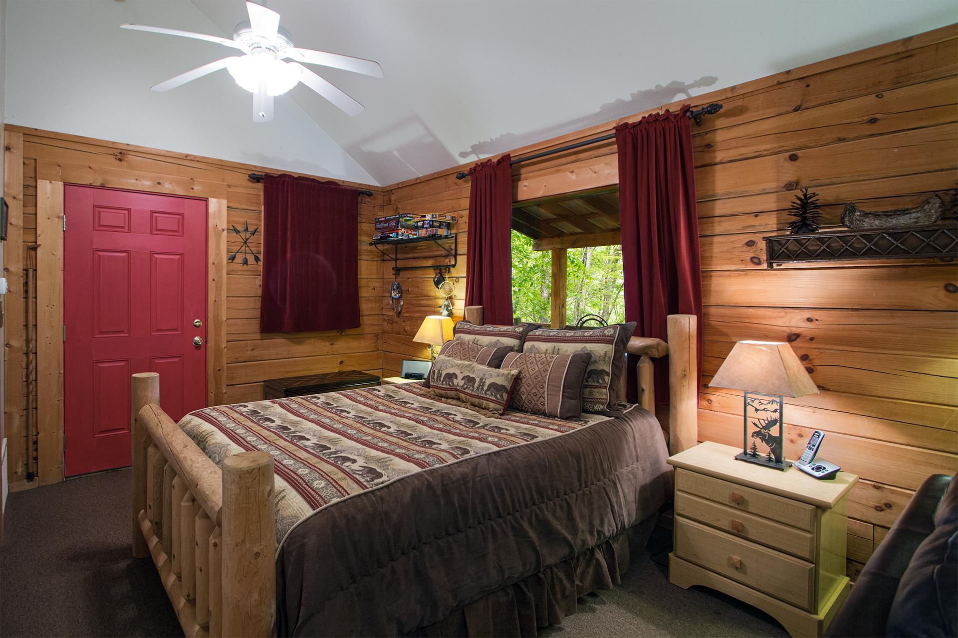 Rental Details For Squirrel Run 1 Bedroom Log Cabin Rental